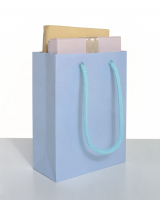 http://www.antjepeters.com/files/gimgs/th-77_AntjePetersGoodieBags-2.jpg